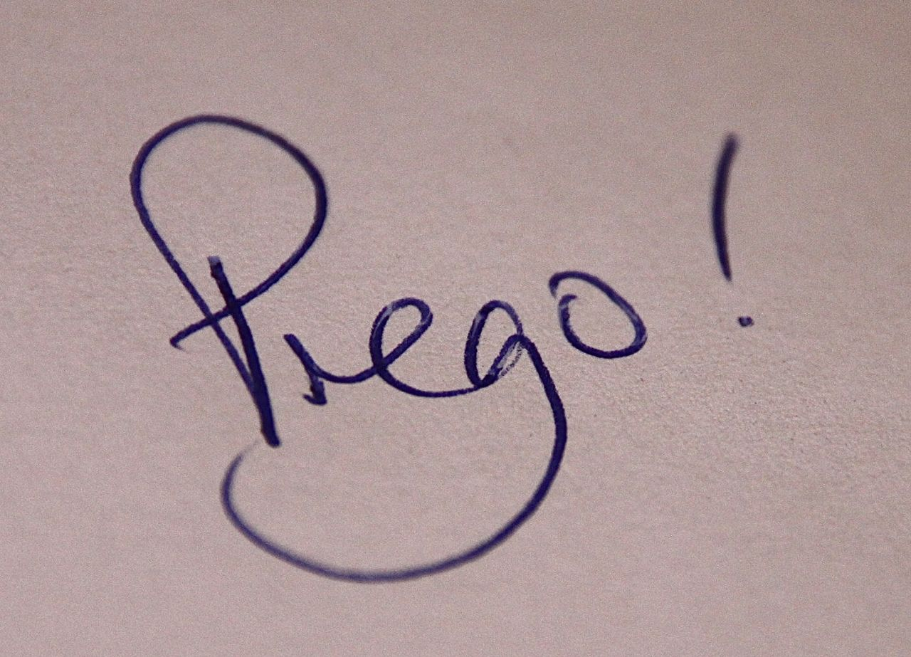 Prego means You're welcome in Italian!