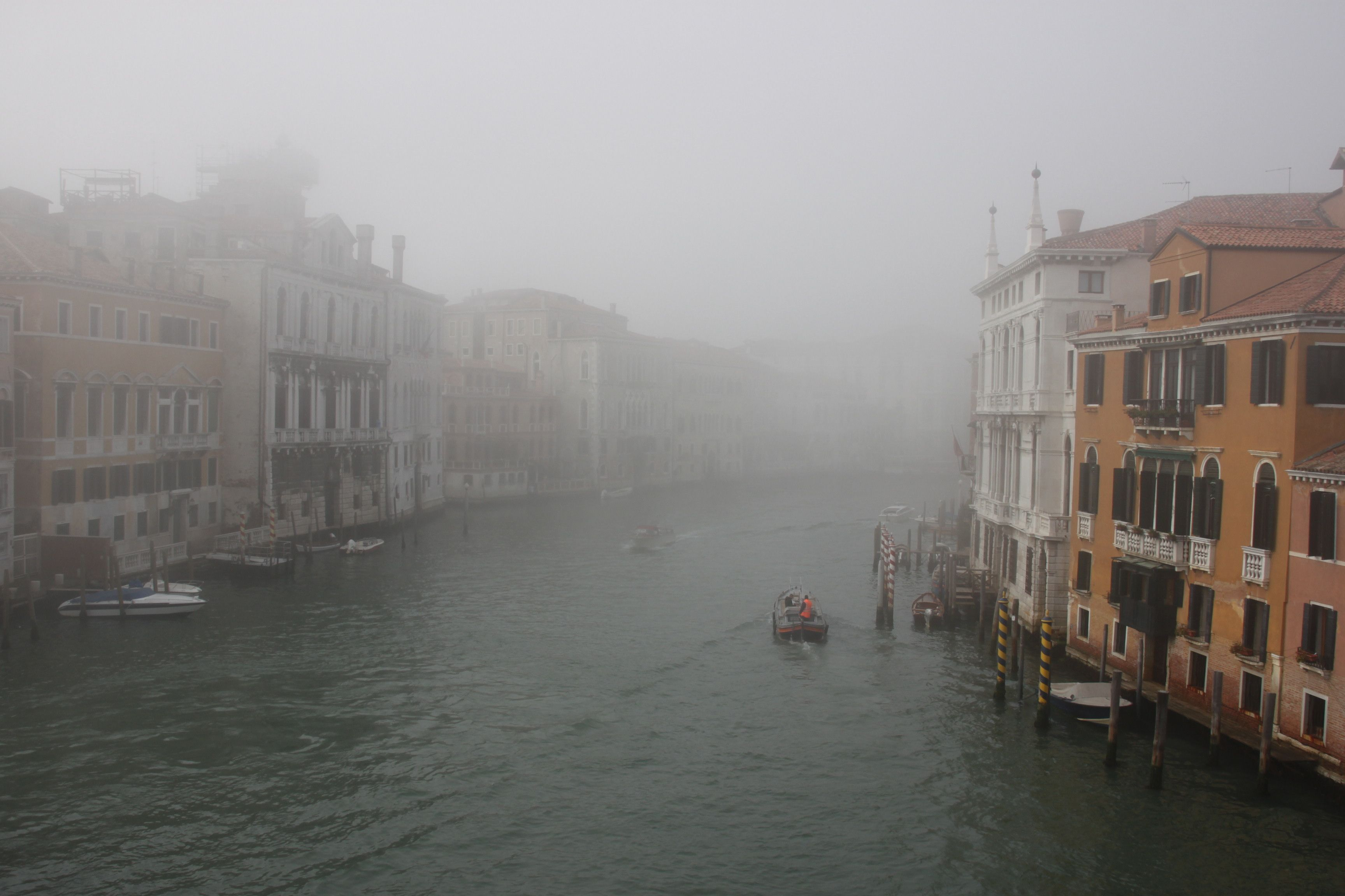 The Grand Canal disappears into the distance