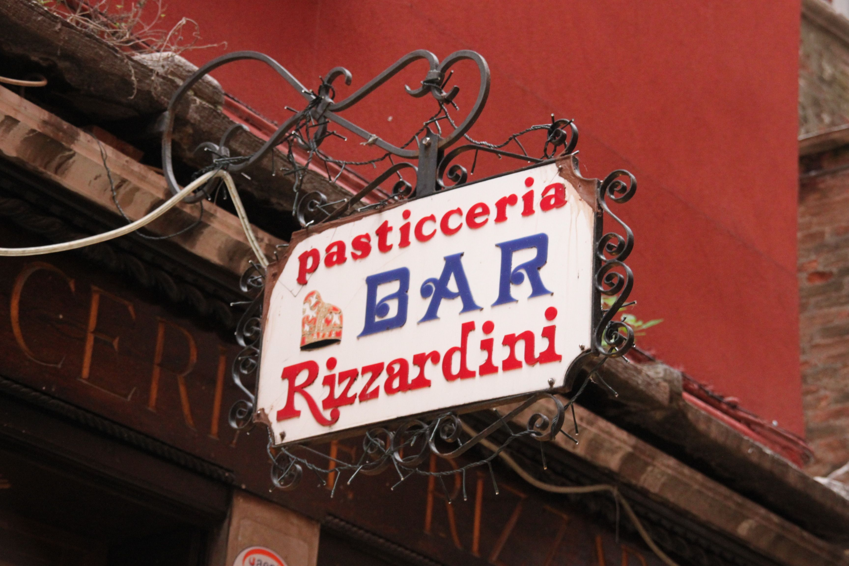 Bar Rizzardini was doing a roaring trade in samartin biscuits