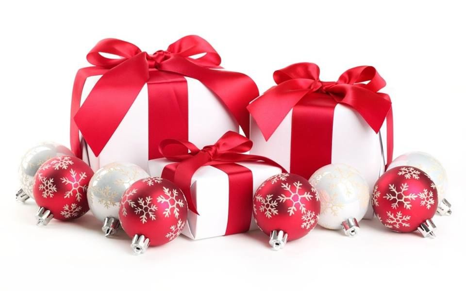 Italian 101 how to say merry christmas and happy new year christmas presents m4hsunfo