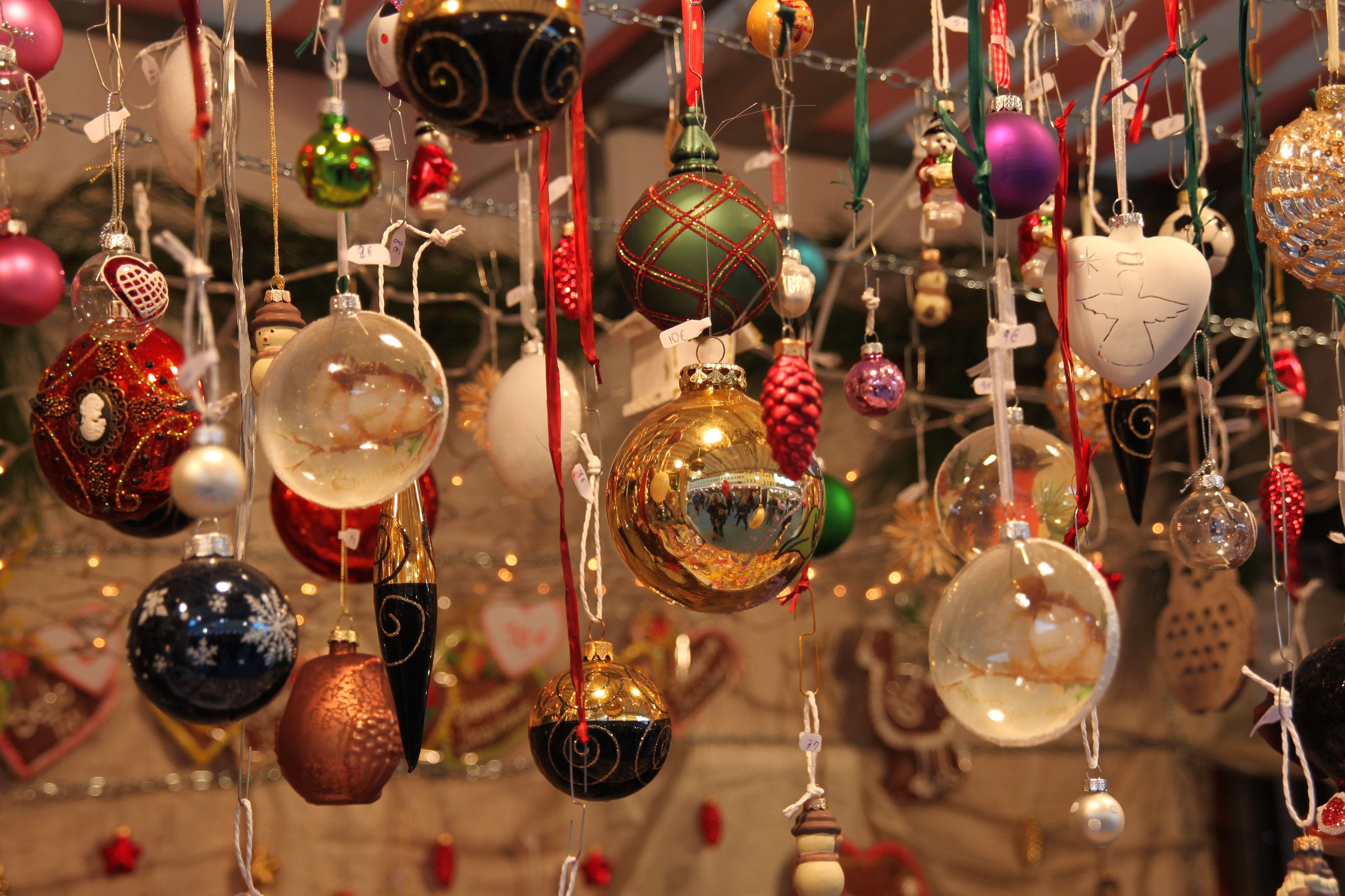 new year in italian christmas tree decorations