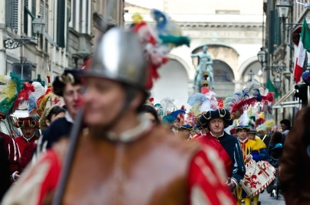 Florence Corteo Storico historical procession for New Year