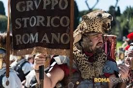 Gruppo Storico Romano members keep old Roman traditions alive