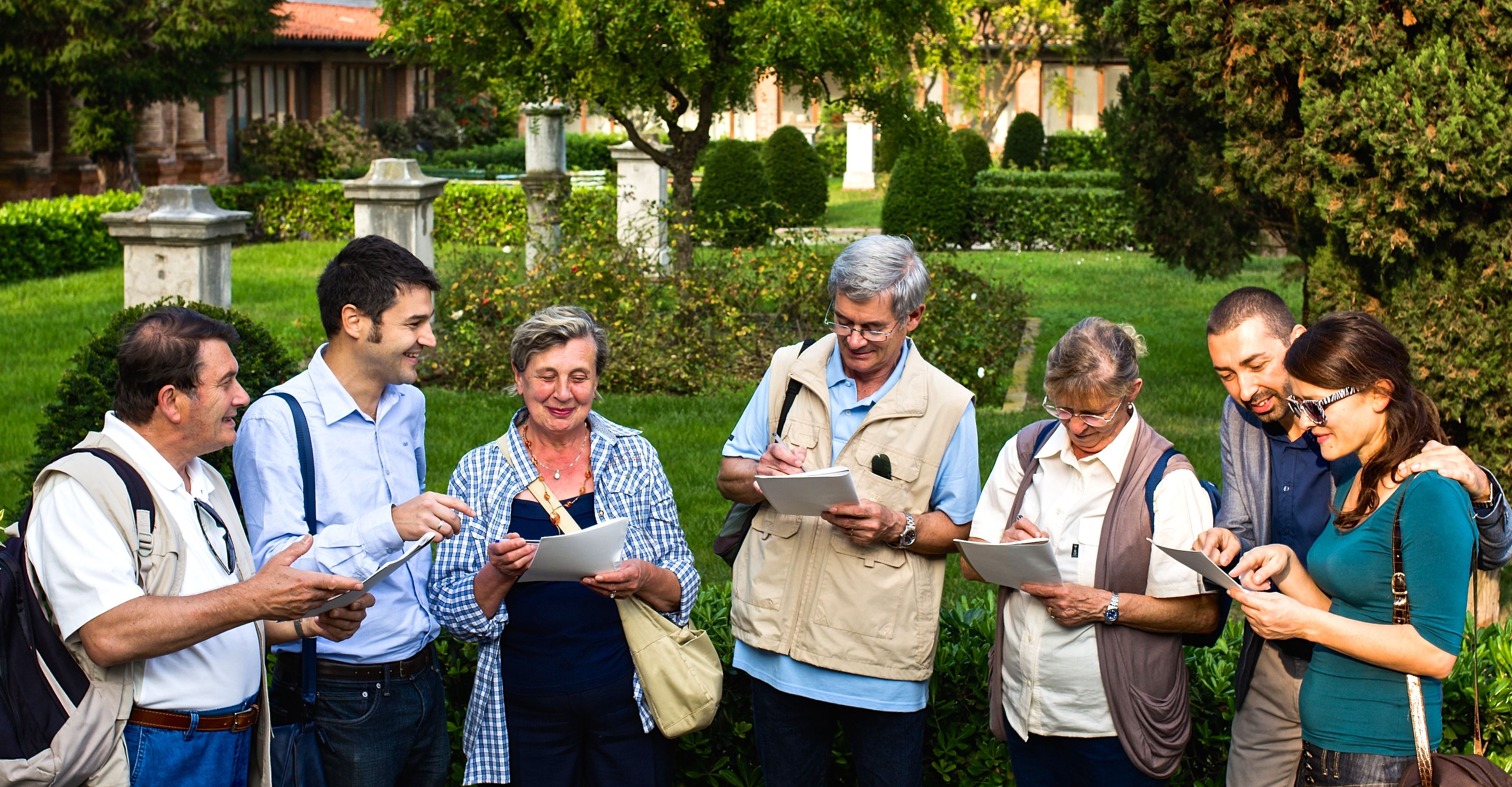 Venice garden tour with Easy Italian language and Art school