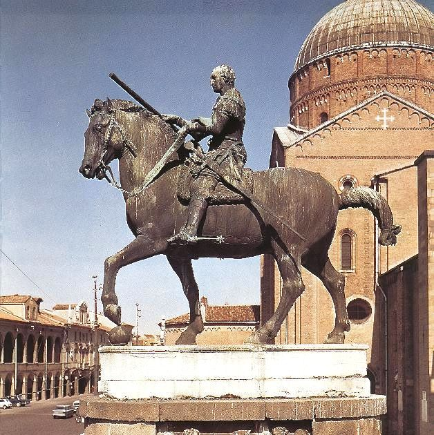 Donatello's bronze statue of Gattamelata astride his horse. Licensed under Public Domain via Wikimedia Commons
