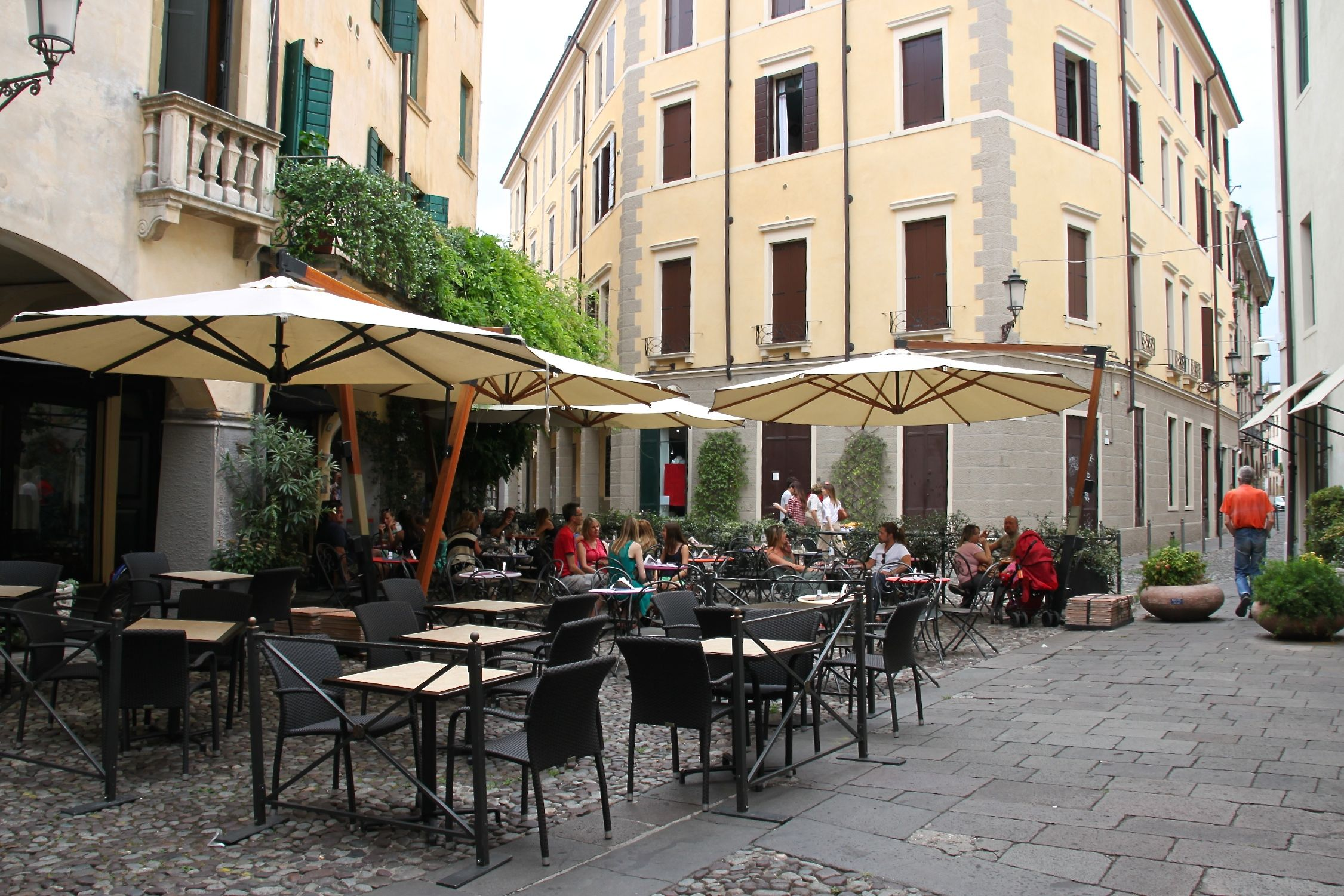 Padua ghetto is great for quiet little cafes in its cobbled courtyards