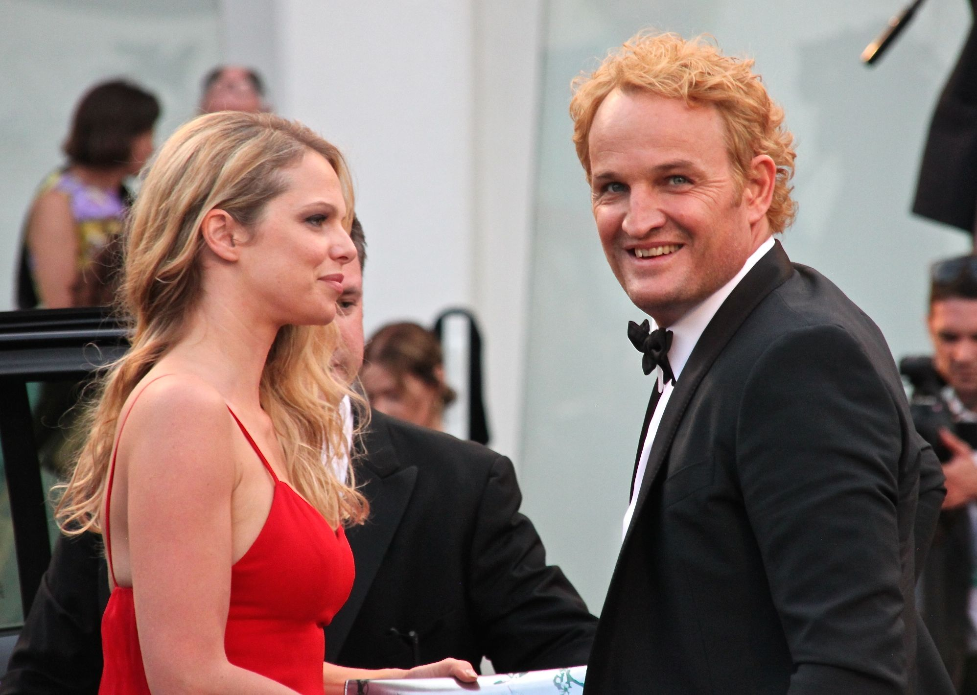 An unusually auburn Jason Clarke walks the red carpet at the Everest premiere in Venice, 2015