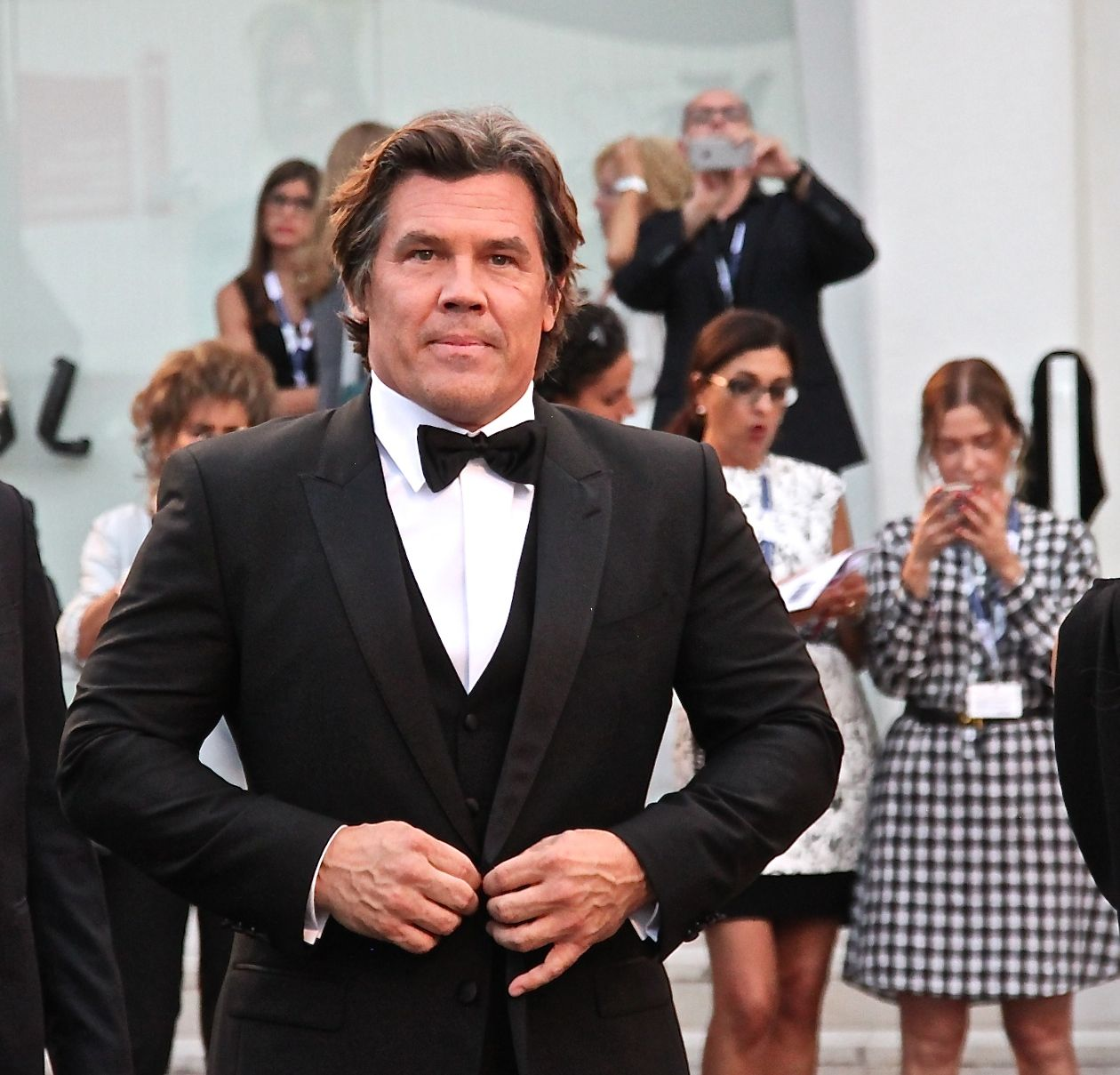 Josh Brolin cleans up well in a 3-piece suit for the Venice premiere of Everest, 2015