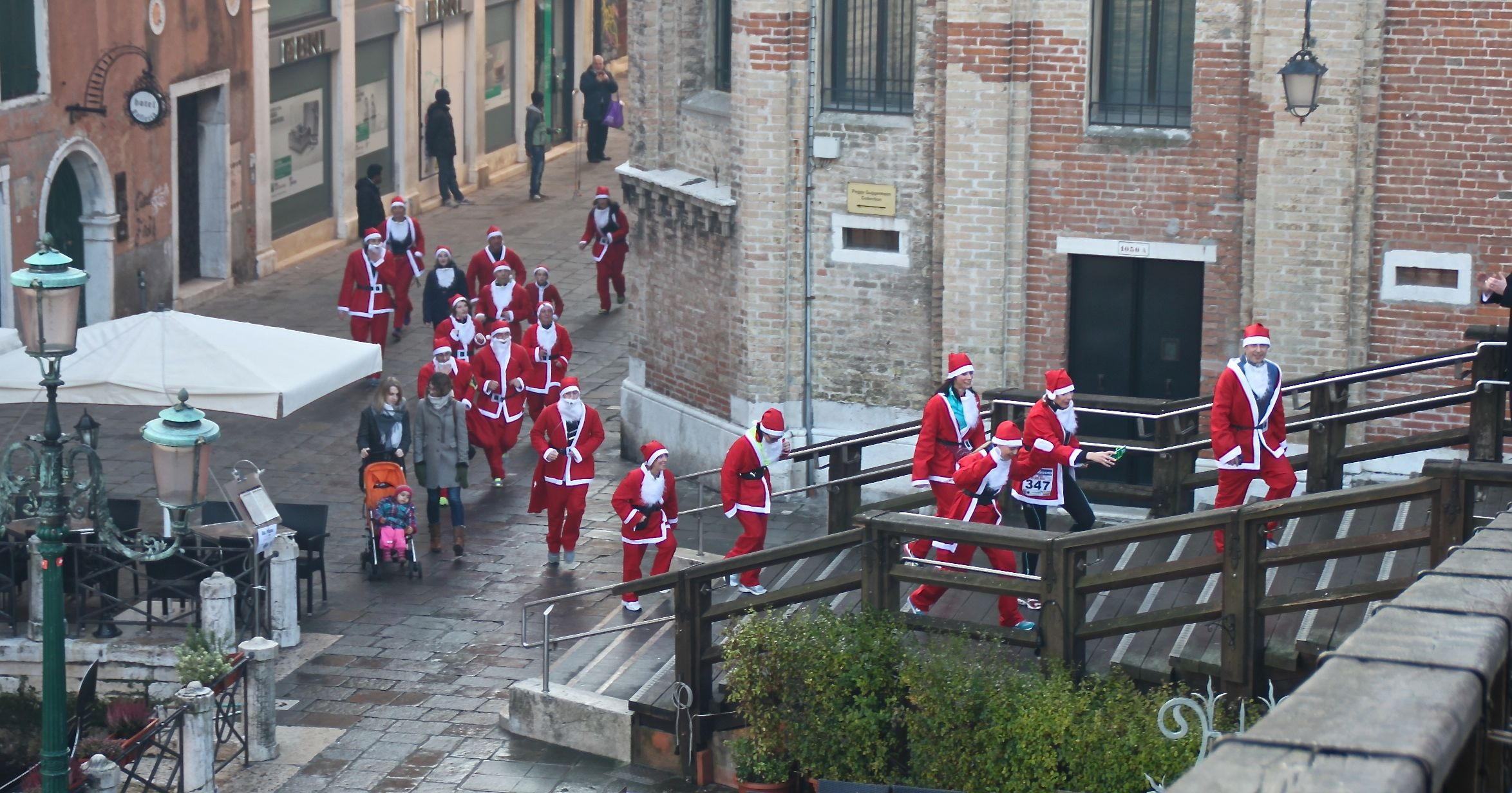 Babbo Natale fun-runners in the Dorsoduro district of Venice