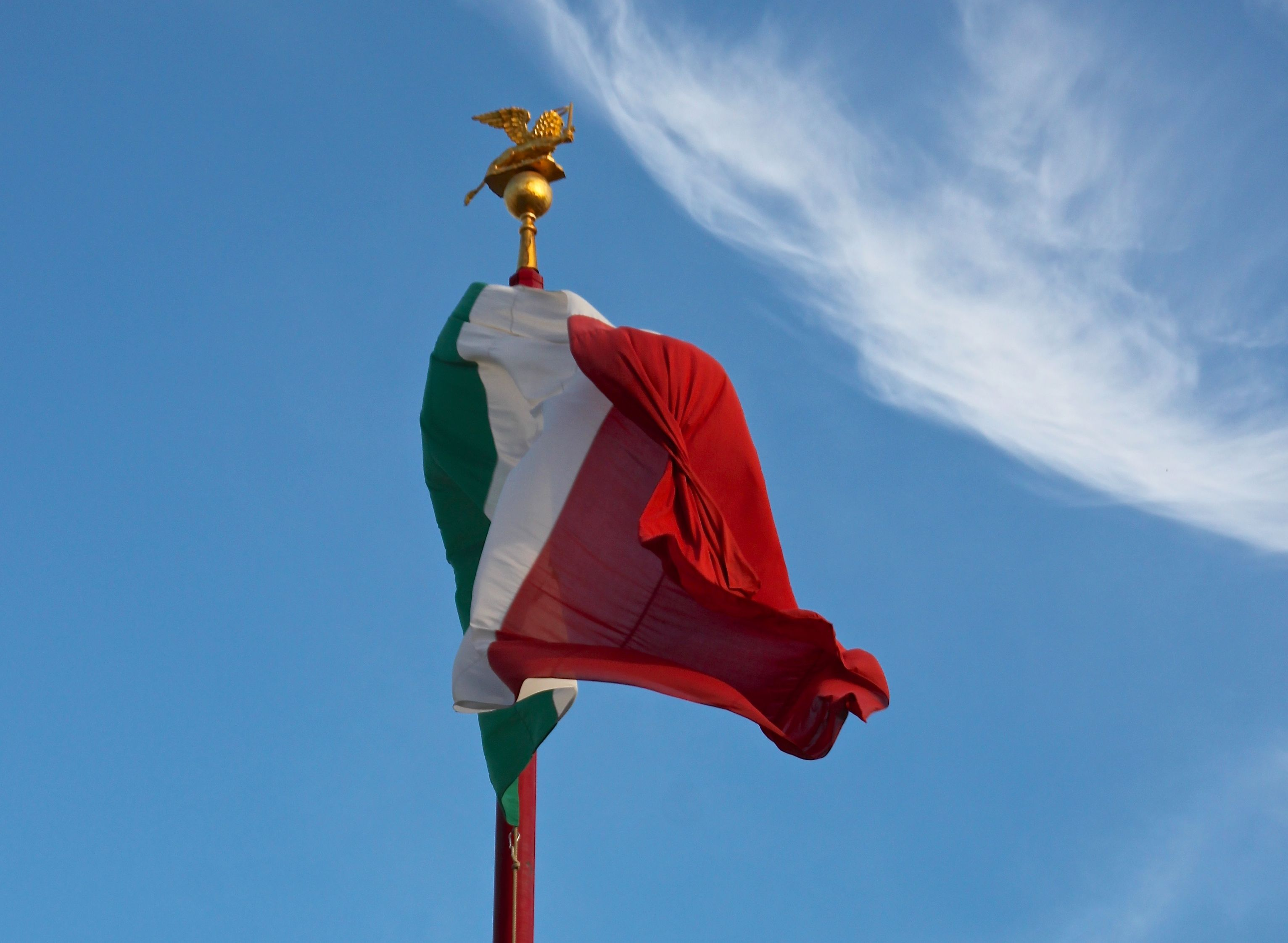 The Italian Tricolore flag will be flying with pride on January 7th