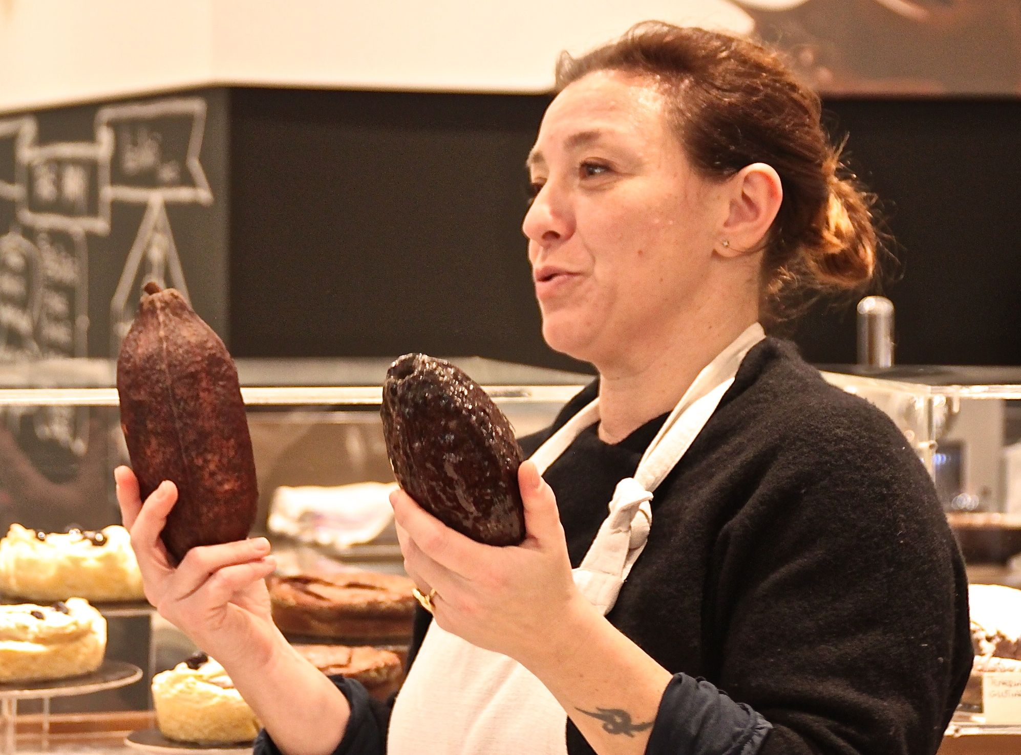 Mariangela Penzo, founder of Vizio Virtù, explains that there are three different species of cacao plant