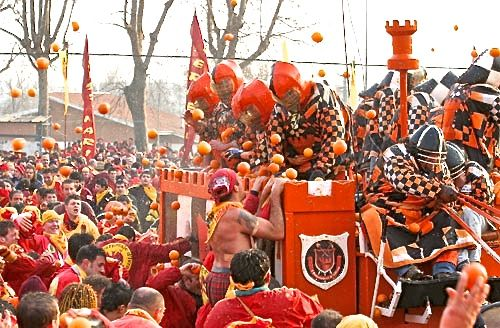What's on in Italy in February - Battle of the Oranges